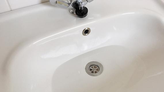 Waschbecken ablauf reinigen great generic blau haken reinigung badezimmer ablauf waschbecken - Abflussrohr verstopft in der wand ...
